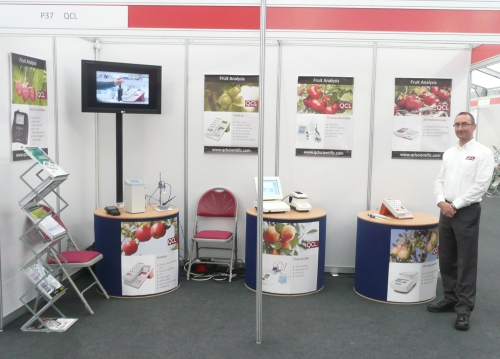 QCL exposition stand with the analysis systems