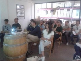 Oenologists, insiders and winemakers present at the event in Pnazano in Chianti